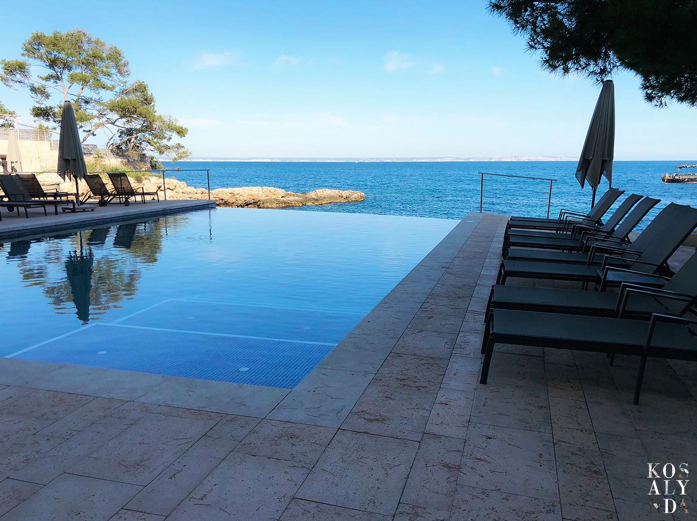 infinity pool espagne hotel de luxe